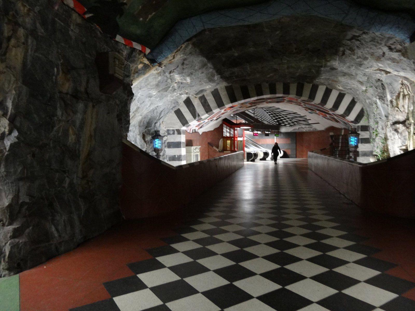 La station de Métro Kungstradgarden à Stockholm