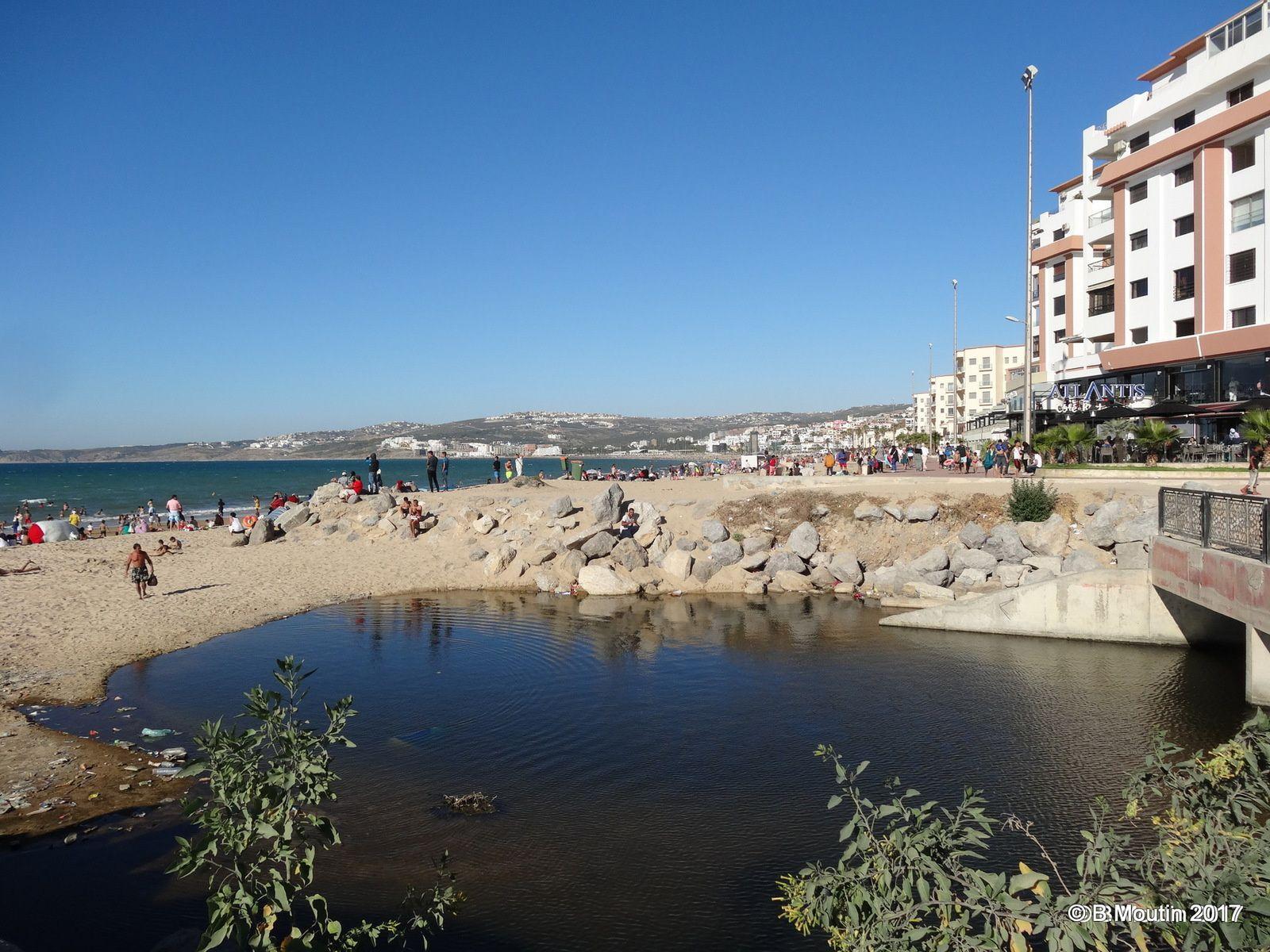 La baignade au niveau de l'oued du Panorama le samedi 1° juillet à Tanger (4 photos)