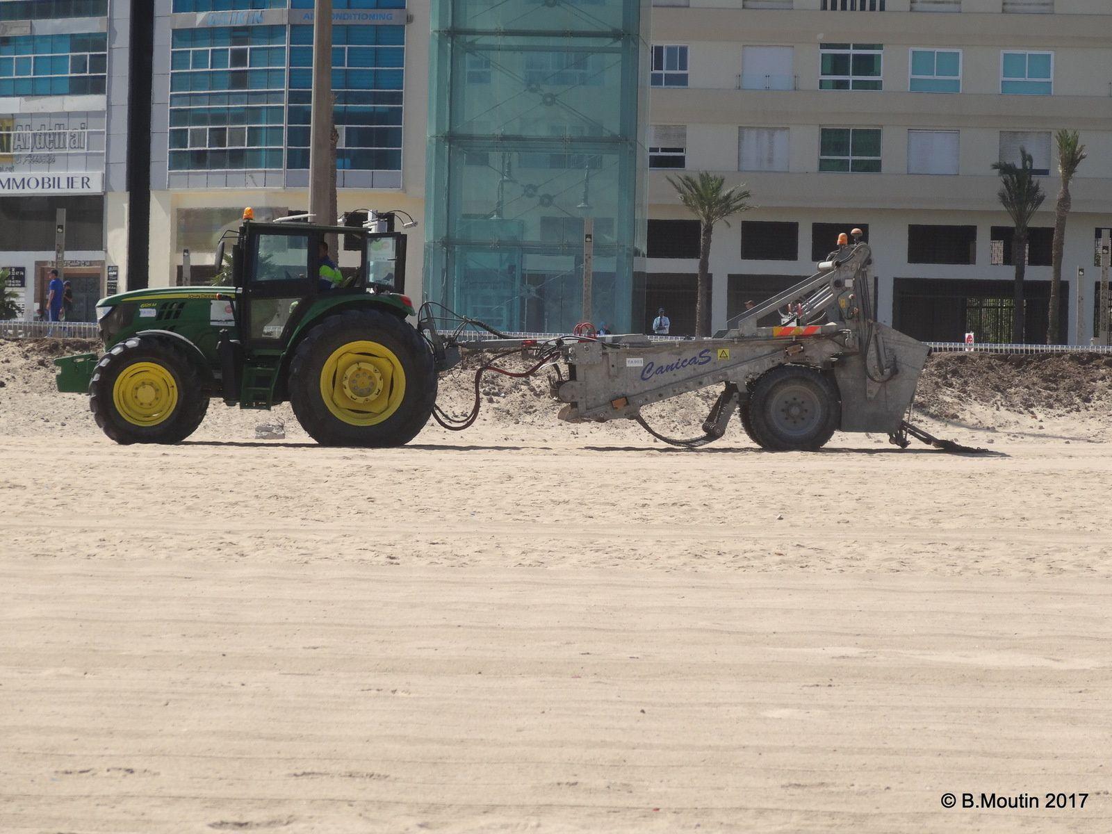 Le nettoyage de la plage du Centre Ville à Tanger (5 photos)