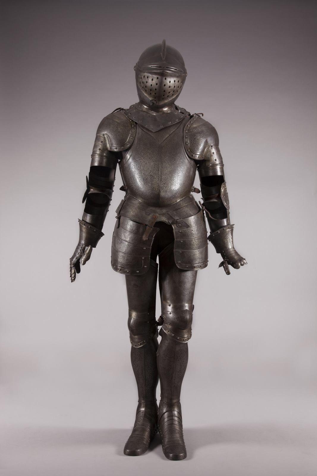 Armure de chevalier, 16e s, collection du Musée de la Cour d'Or Metz-Métropole © Photographie Laurianne Kieffer