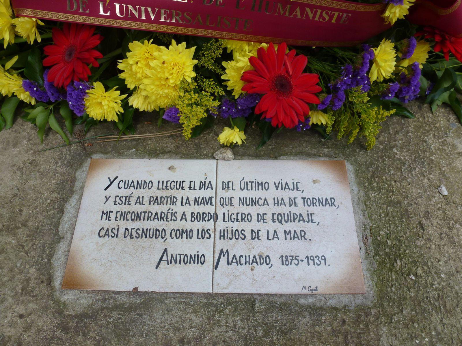 Tombe d'Antonio Machado au cimetière de Collioure (Pyrénées-Orientales).