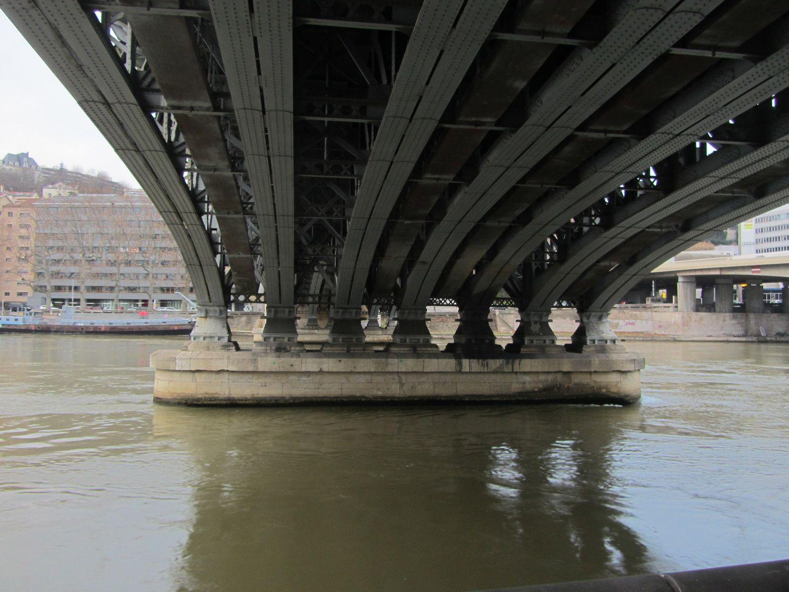 Promenade sur les quais de Saône