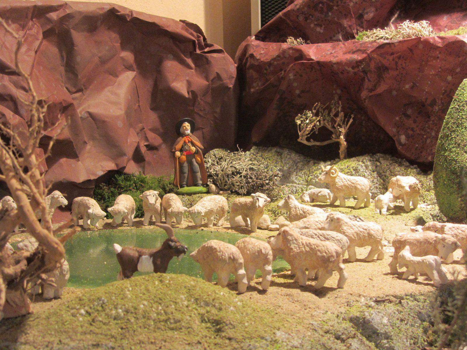 Je n'ai pas compté les moutons qui dévalaient la colline , mais il y en avait beaucoup !