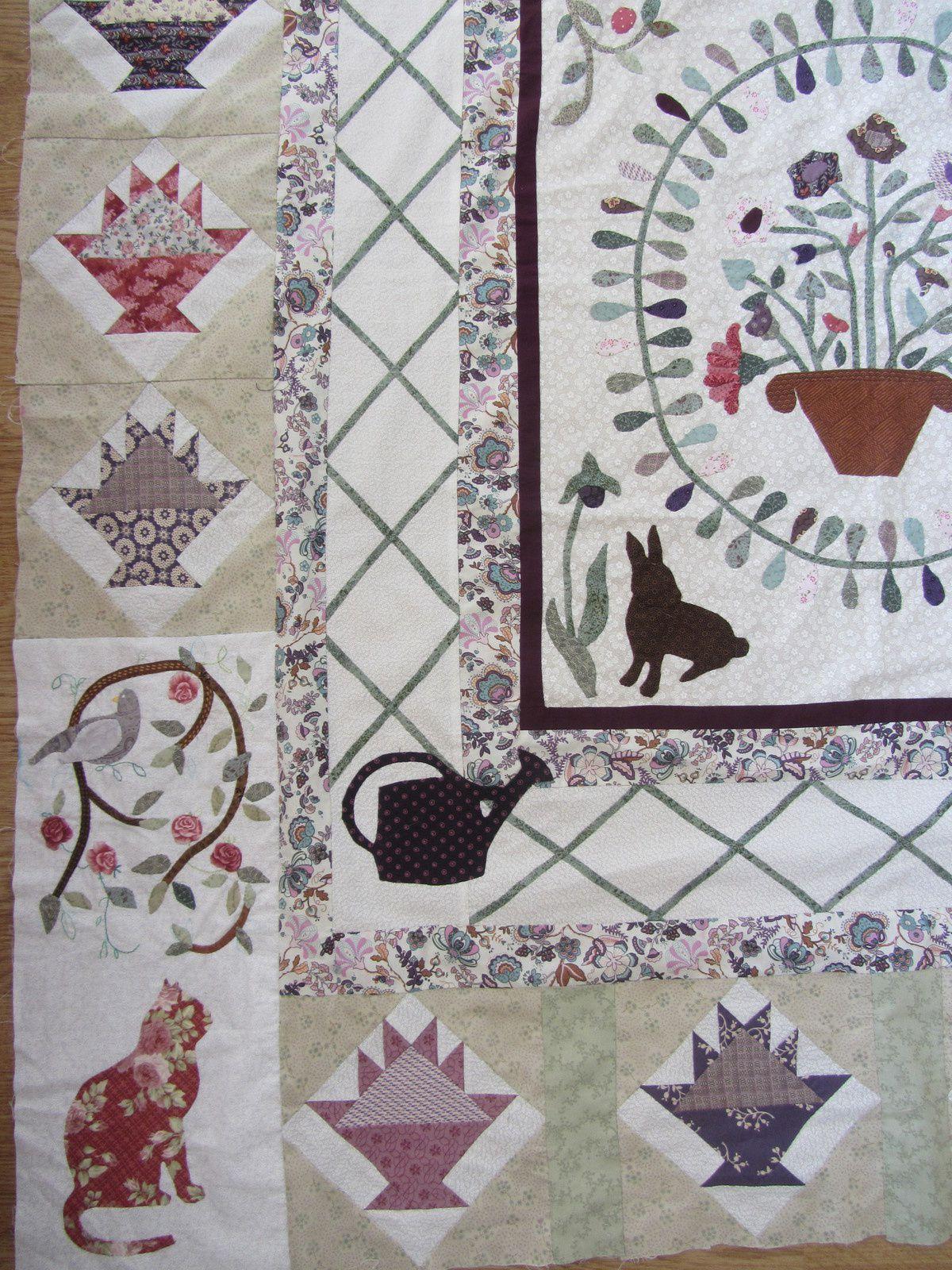 C'est le tissu liberty des bordures (trouvé en Egypte) qui a déterminé les couleurs de l'ensemble.