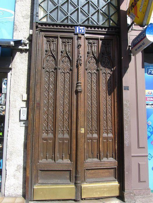 """La porte joue les """"grande"""" également."""