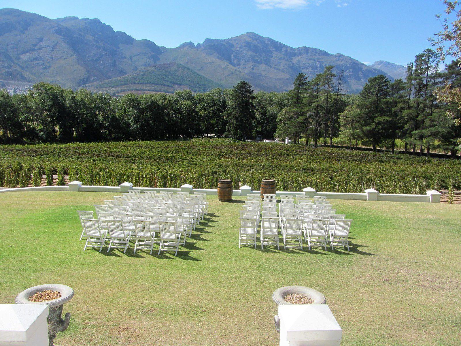 Mais c'est à l'extérieur face aux montagnes qu'a eu lieu la cérémonie. Juste magique !!!