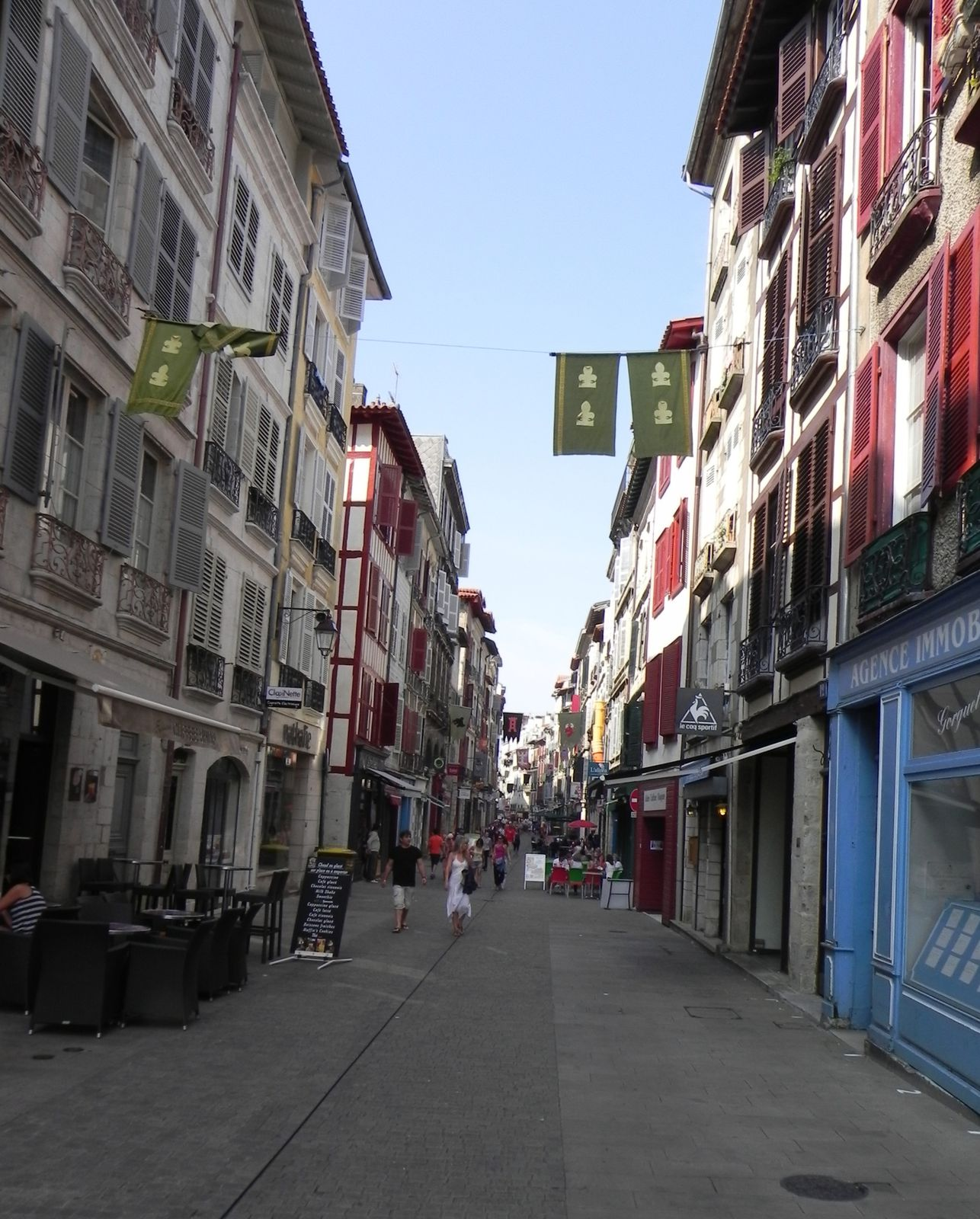 On est reparti en empruntant la rue d'Espagne.