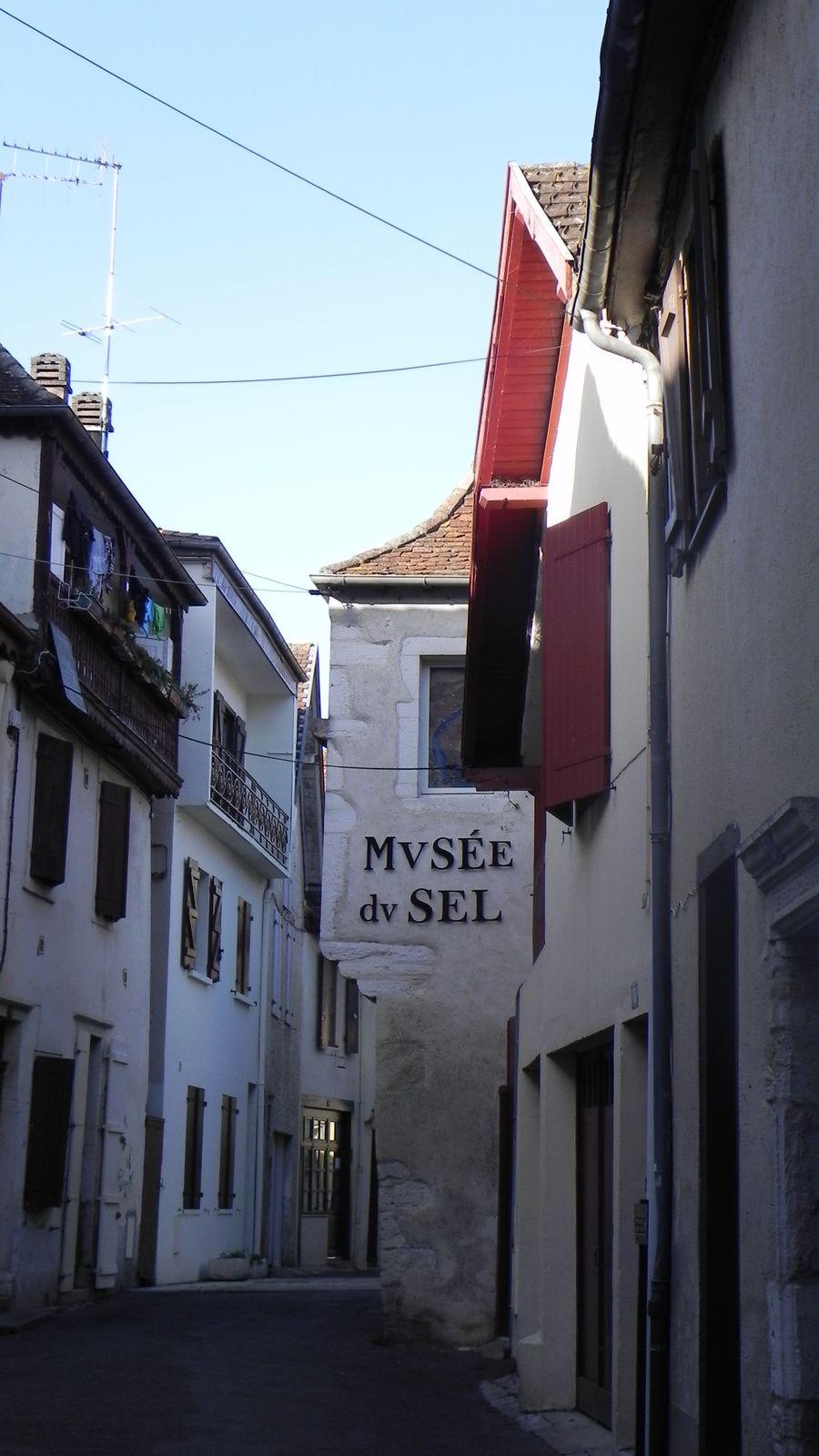 La rue du Musée du sel