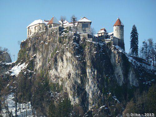 Le château de Bled sur son éperon rocheux
