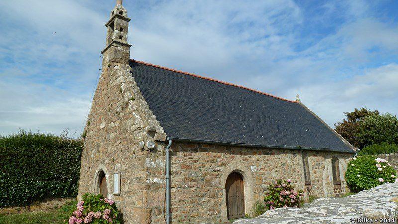 La chapelle Saint-Nicolas de Buguélès et son calvaire