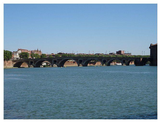le pont neuf ...  le plus vieux pont de la ville encore debout