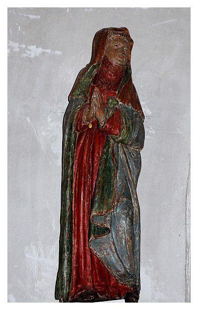 Vierge de Douleur du XVIe siècle en bois polychrome