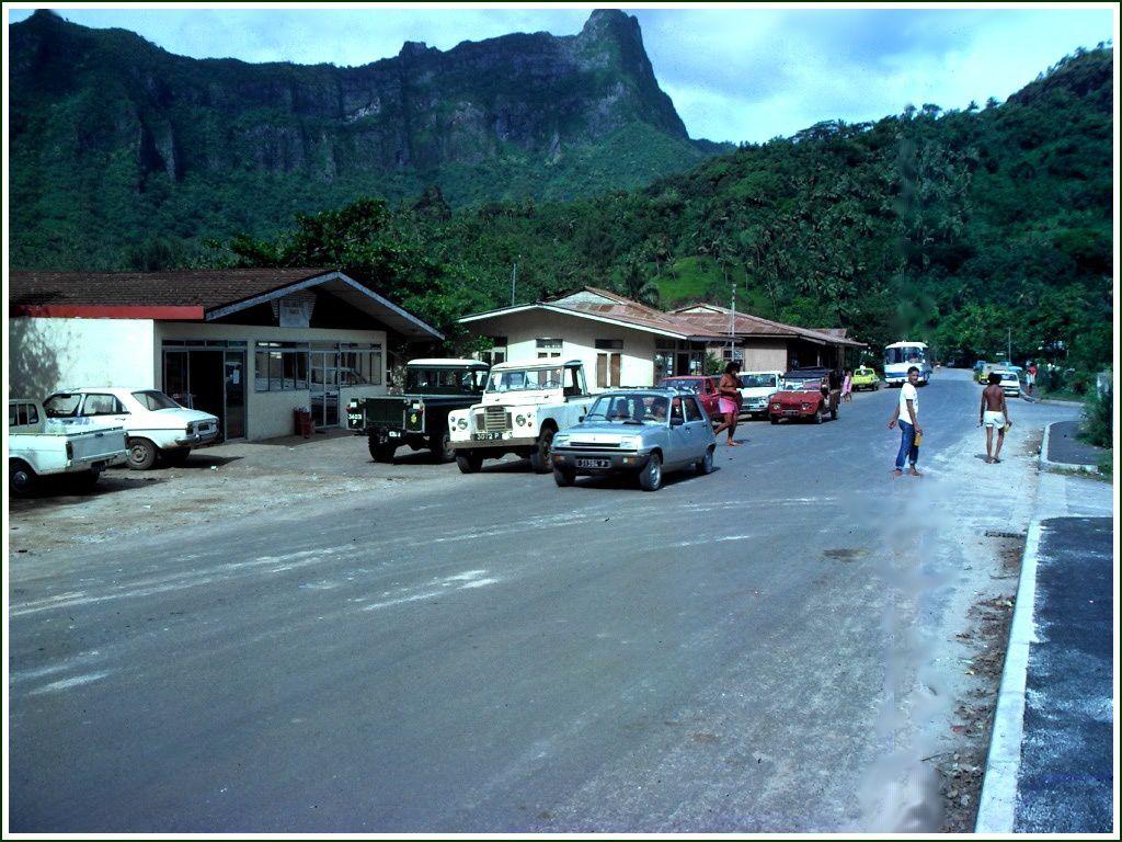 081- Moorea 06, photos by GeoMar 1981/87, Maharepa, Temae, Kia Ora, Goélette Vaitere, Paopao, Keke