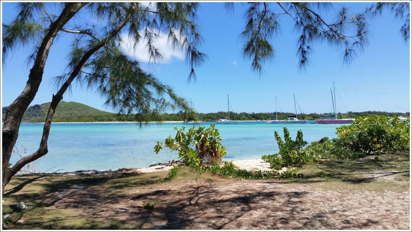 Le lagon de l'îlot Gabriel.