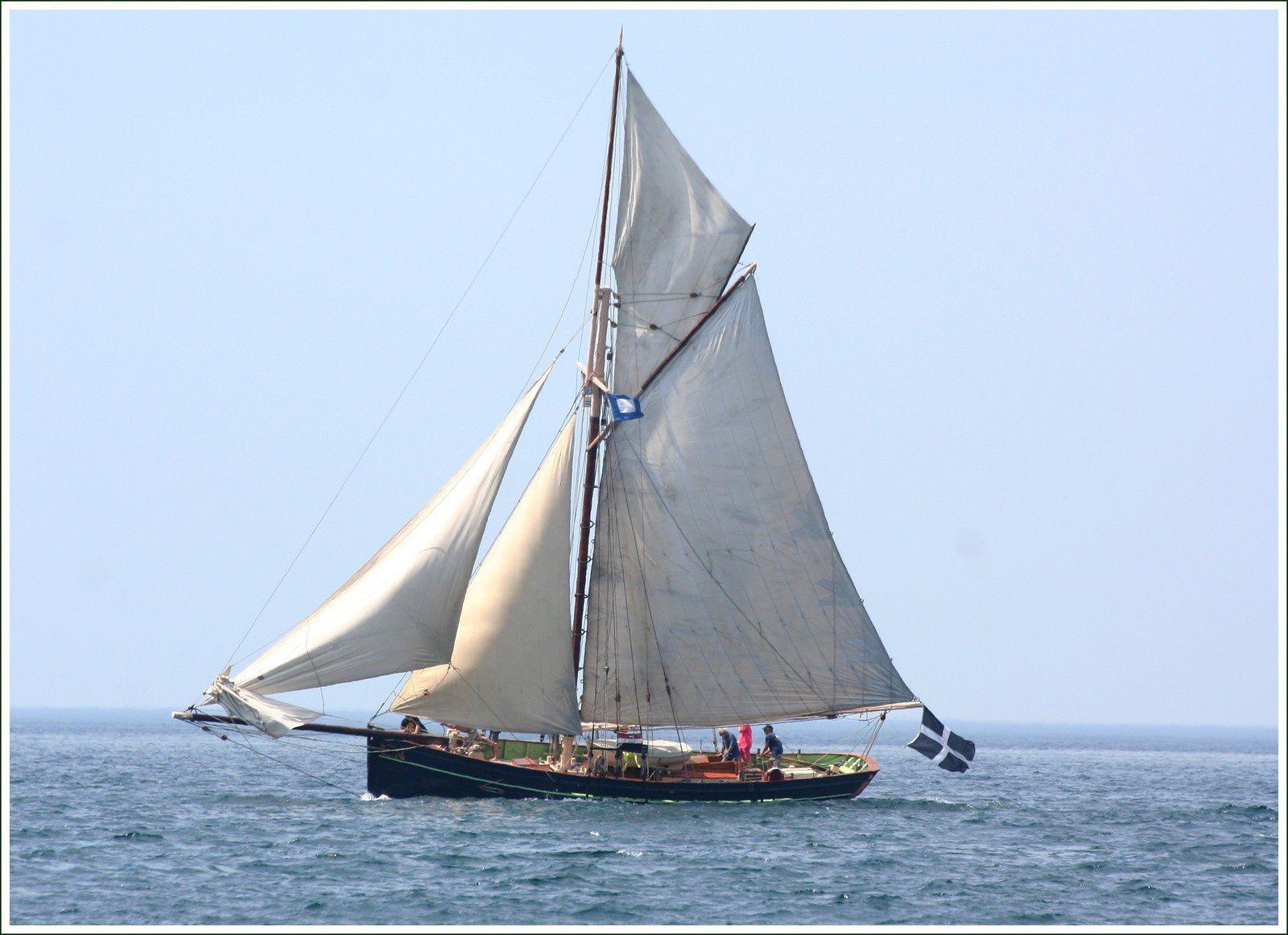 282 - Rencontres bateaux au fil de l'eau 13ème 2016 07 19 Photos © GeoMar voiliers traditionnels, fêtes maritimes Douarnenez
