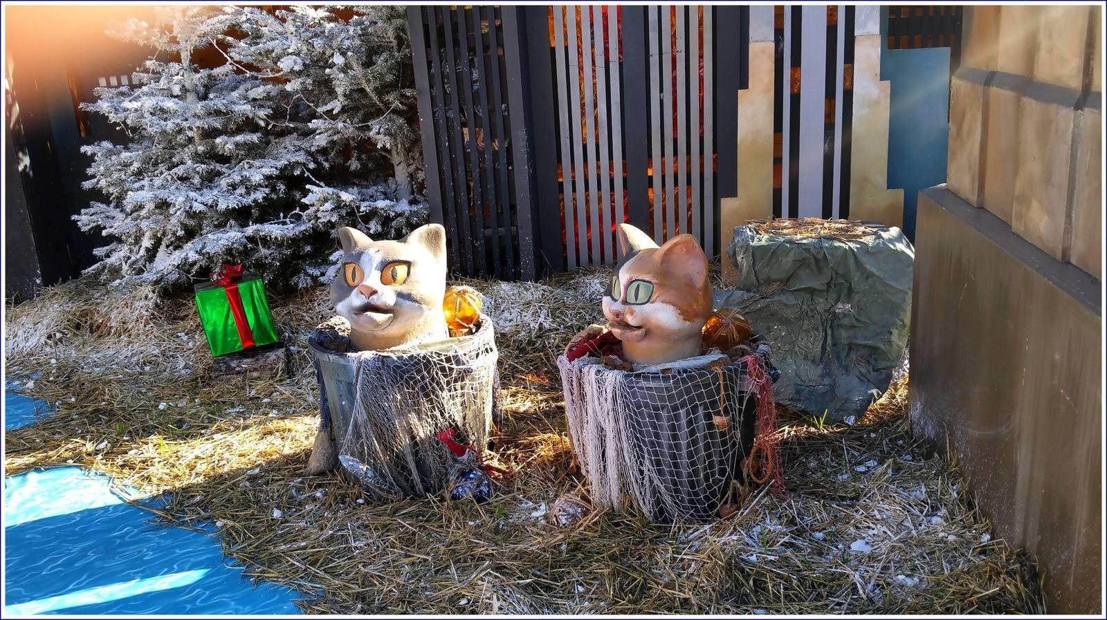 287 - Le marché et le village de Noël 2016 à Toulon : Noël à travers le monde