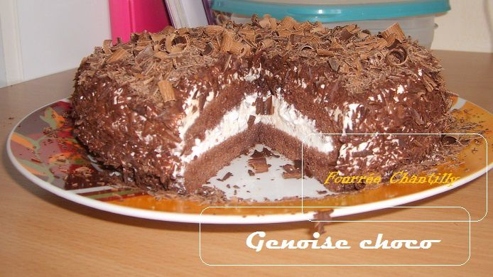 genoise chocolat fourrée à la chantilly