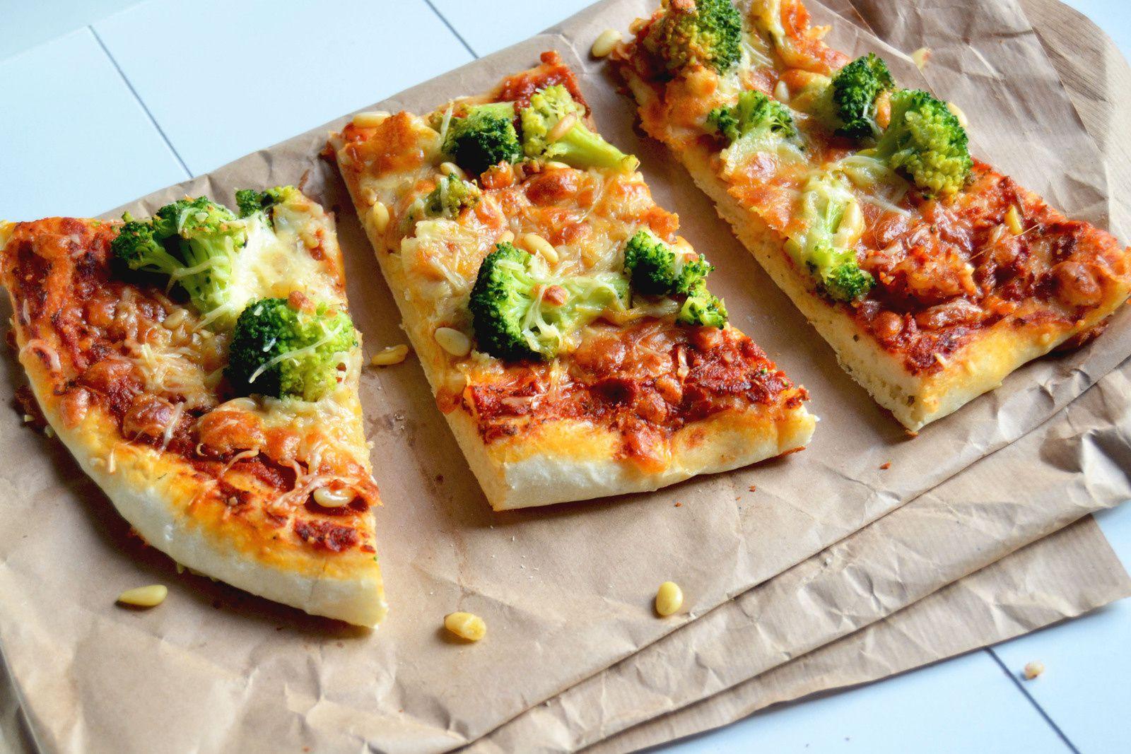Pizza végétarienne aux Brocolis &amp&#x3B; Pignons