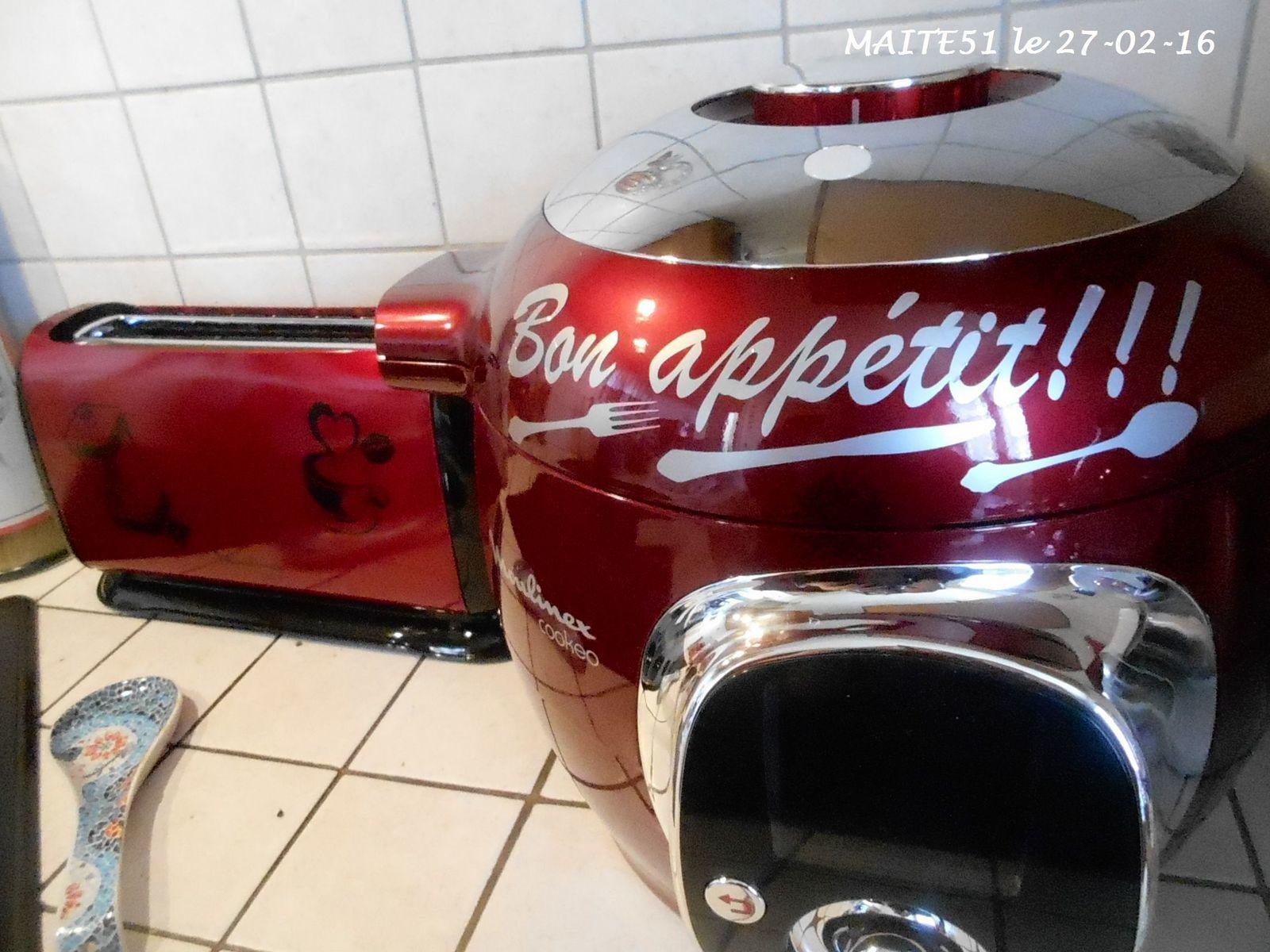 A vos fourneaux chez maite51 - Stickers pour cuisine rouge ...
