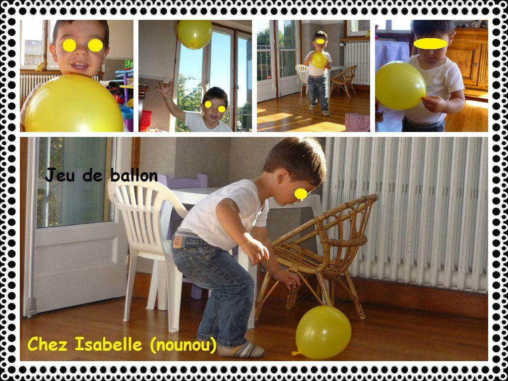 Jouer avec des ballons de baudruche