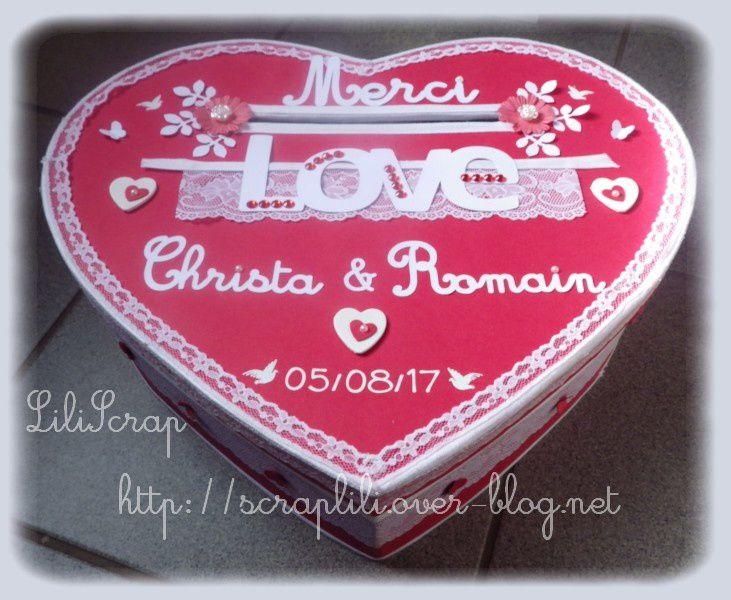 Urne mariage forme coeur thème de l'amour (rouge et blanc)