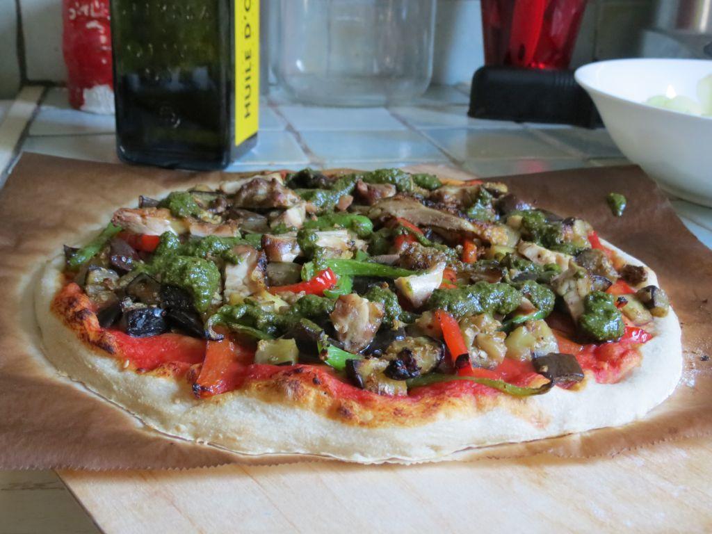 Pizza aubergine et poulet