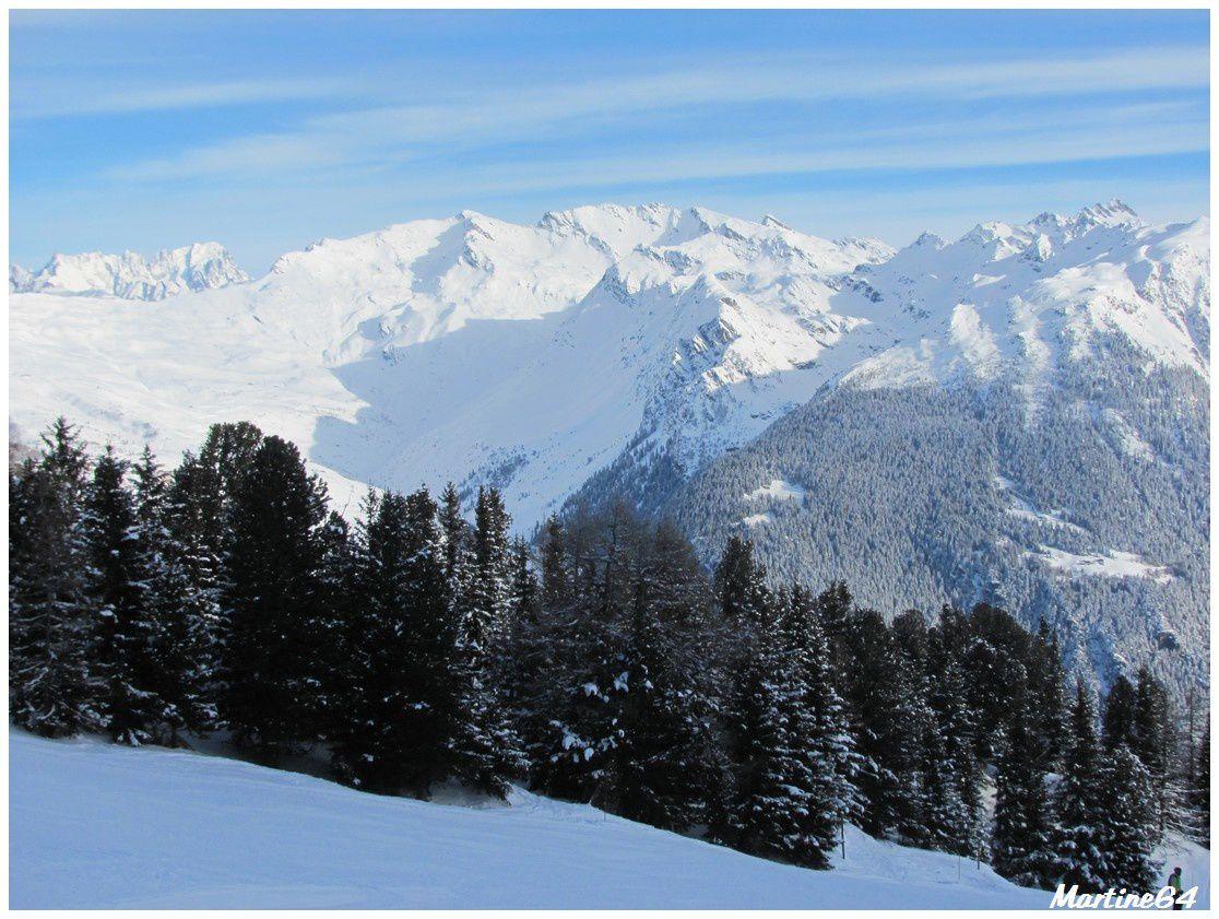 Paysages enneigés dans les Alpes