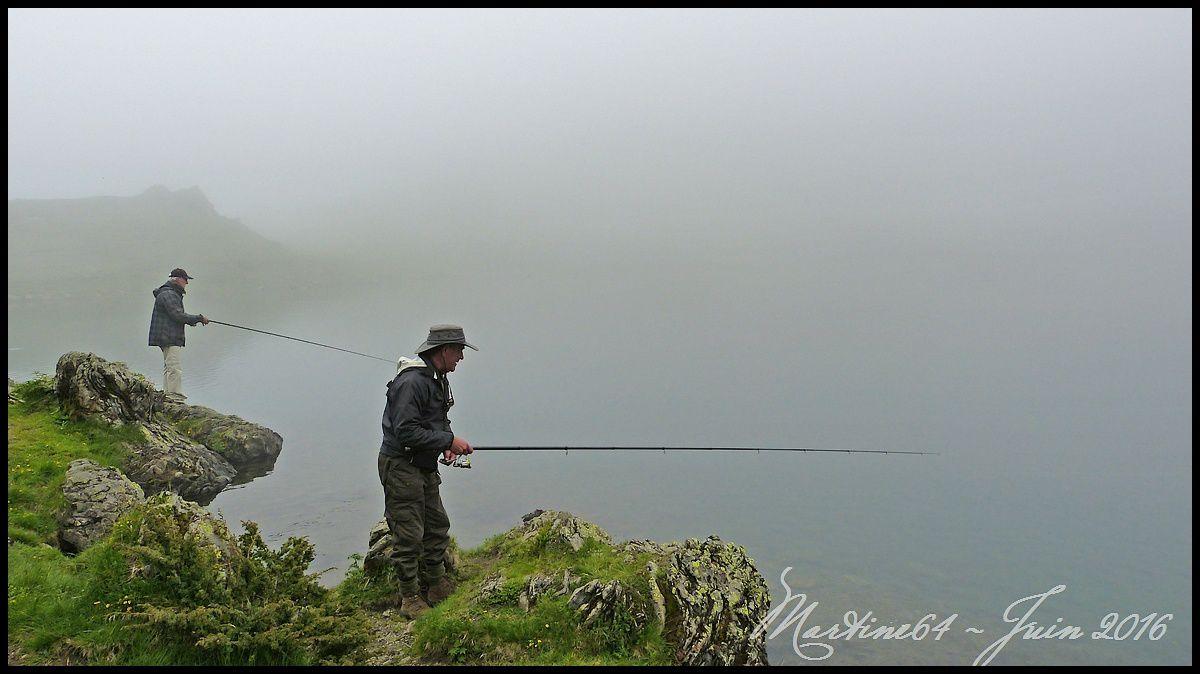 Rando - pêche en lac de montagne.