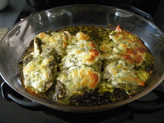 Filets de dinde au pesto et à la mozzarella