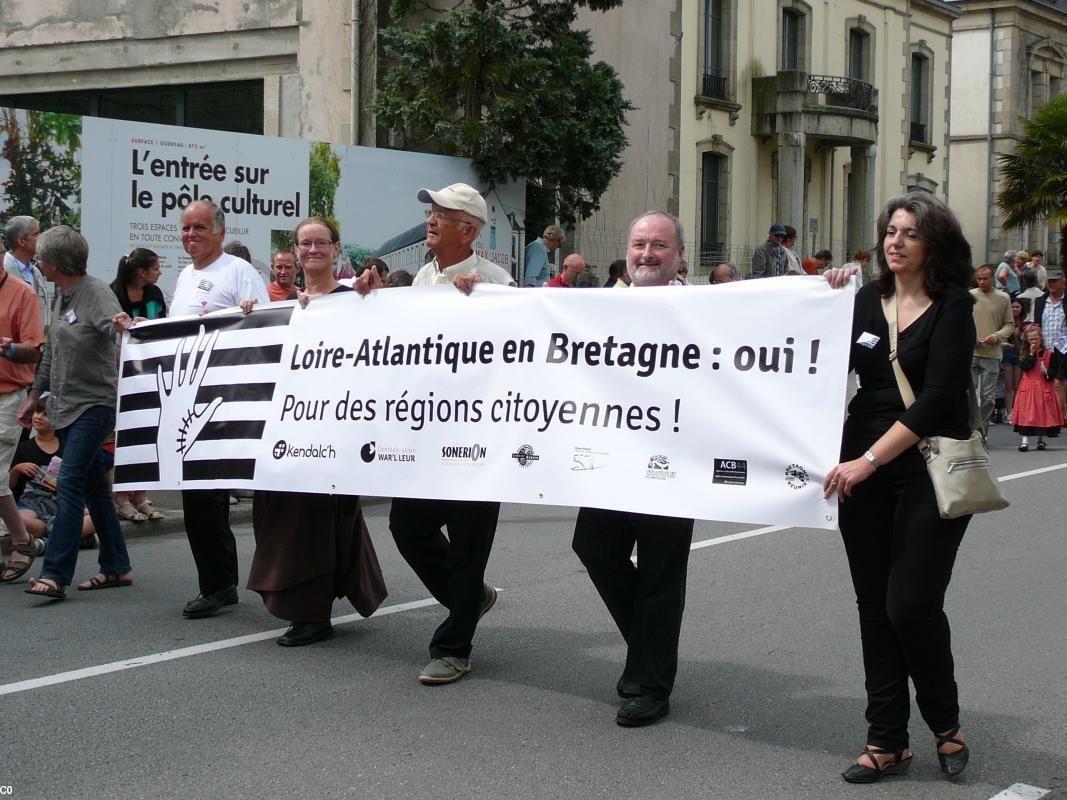 La Réunification de la Bretagne en clôture du défilé du Cornouaille