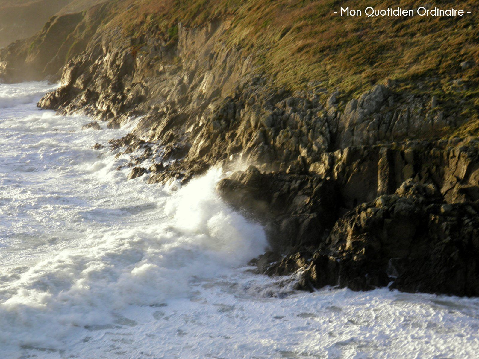 Avis de Tempête sur le Finistère