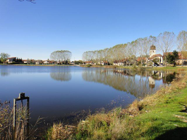 L'étang de la Rivière Drugeon. Mon vélo ne fait plus de bruit, super.