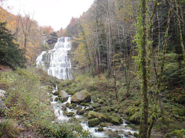 La première cascade, l'Eventail, 65 m de haut.