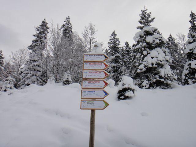 Aujourd'hui, nous partons skier à La Vattay, station entre Les Rousses et le col de la Faucille.