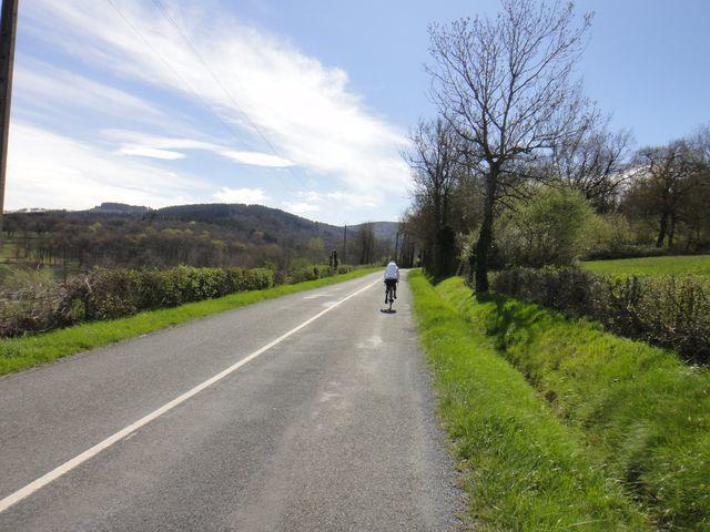 Françoise attaque la montée, sur pratiquement 12 kms.