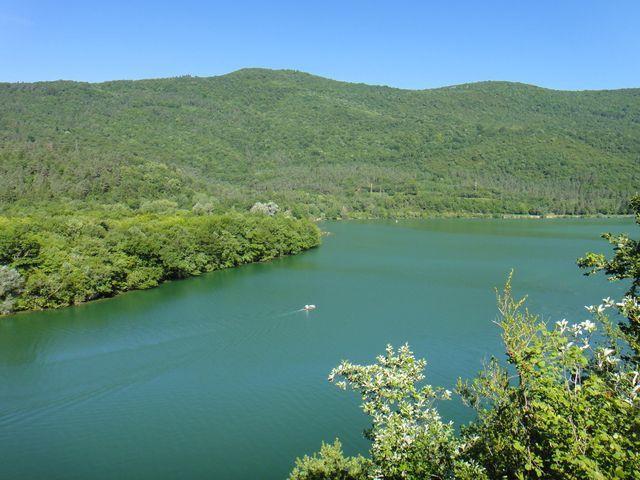 Nous longeons le lac côté Coiselet.
