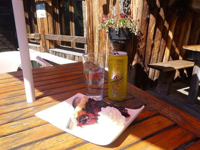 Réconfort au petit restaurant de la Marmotte.