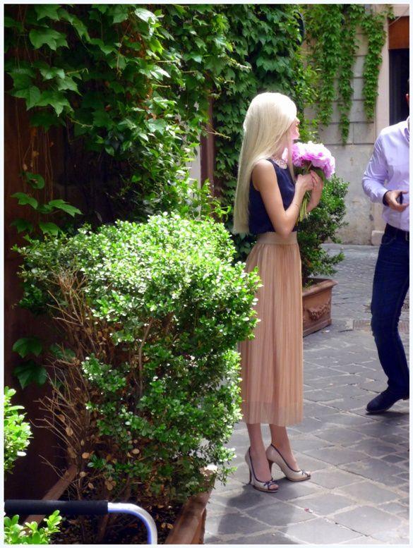 Une Audrey Hepburn blonde??? J'ai envié son tour de taille!!!