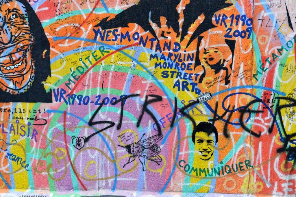 Le mur de Berlin auf französisch!