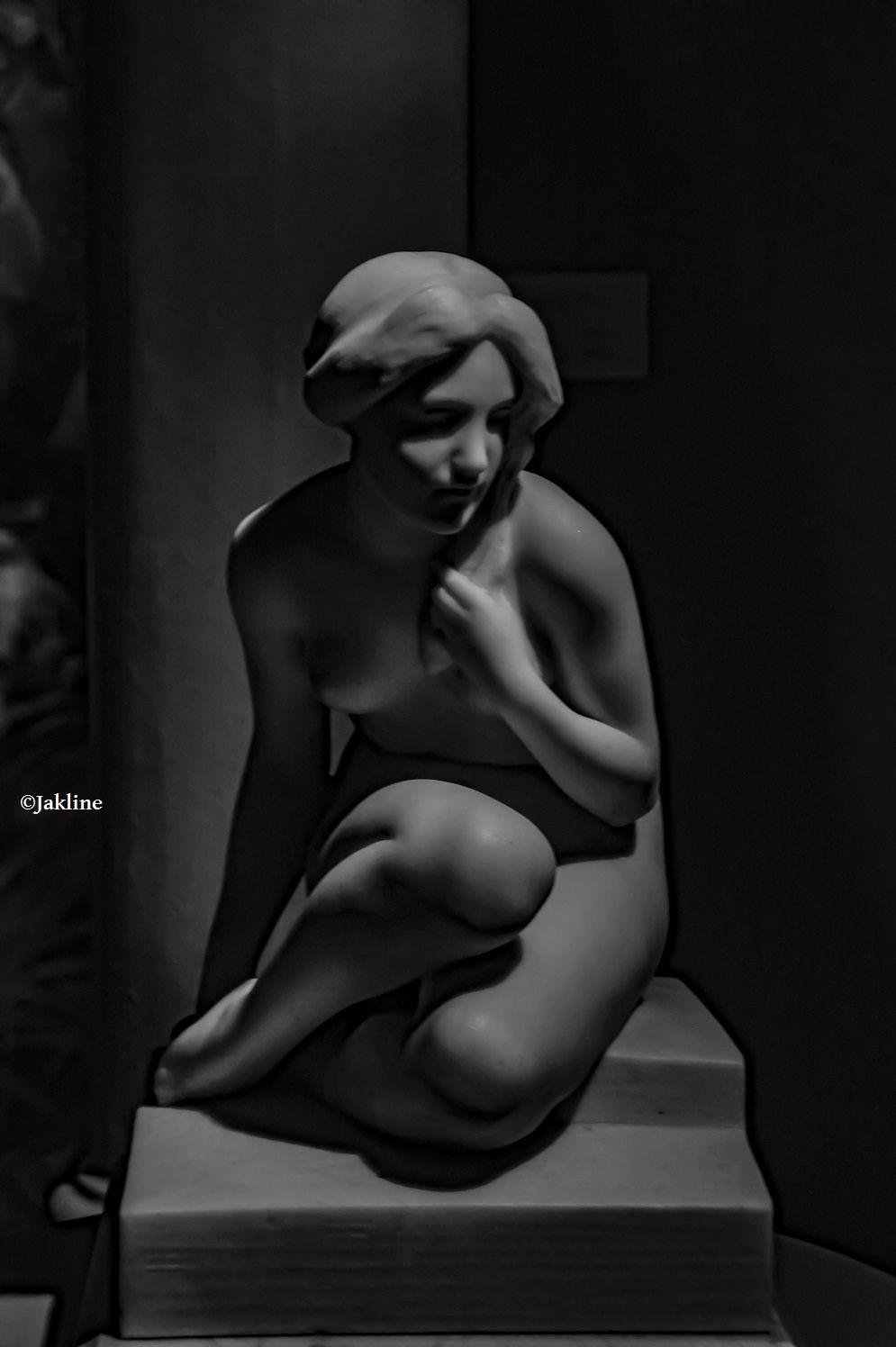 Maternità et Modestia