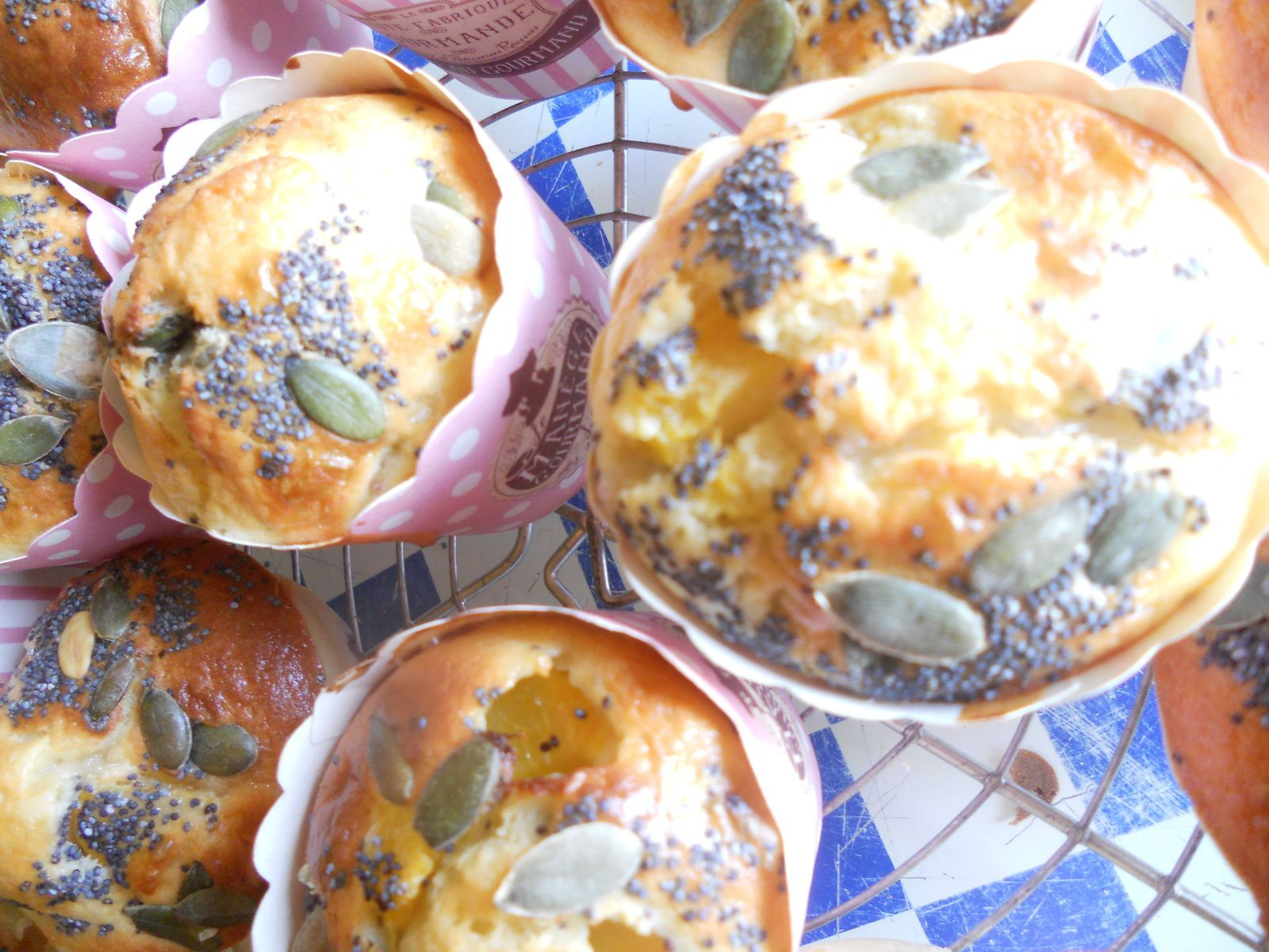 Muffin moelleux pêches et graines