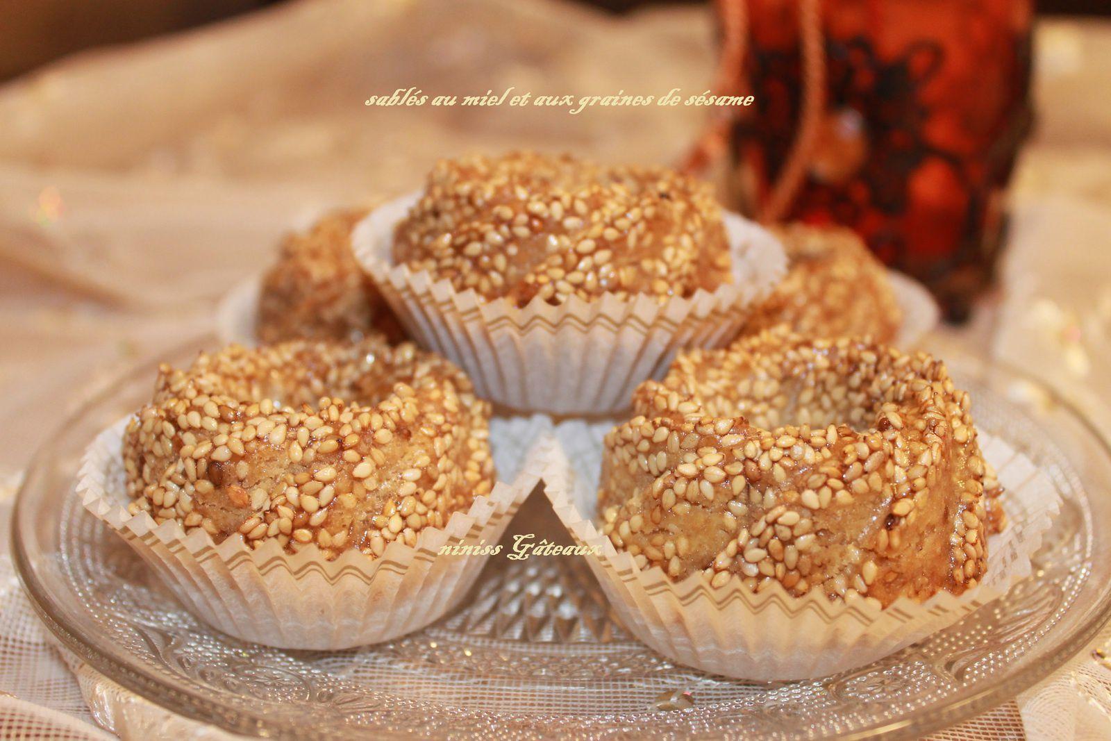 Sablés au miel et aux graines de sésame