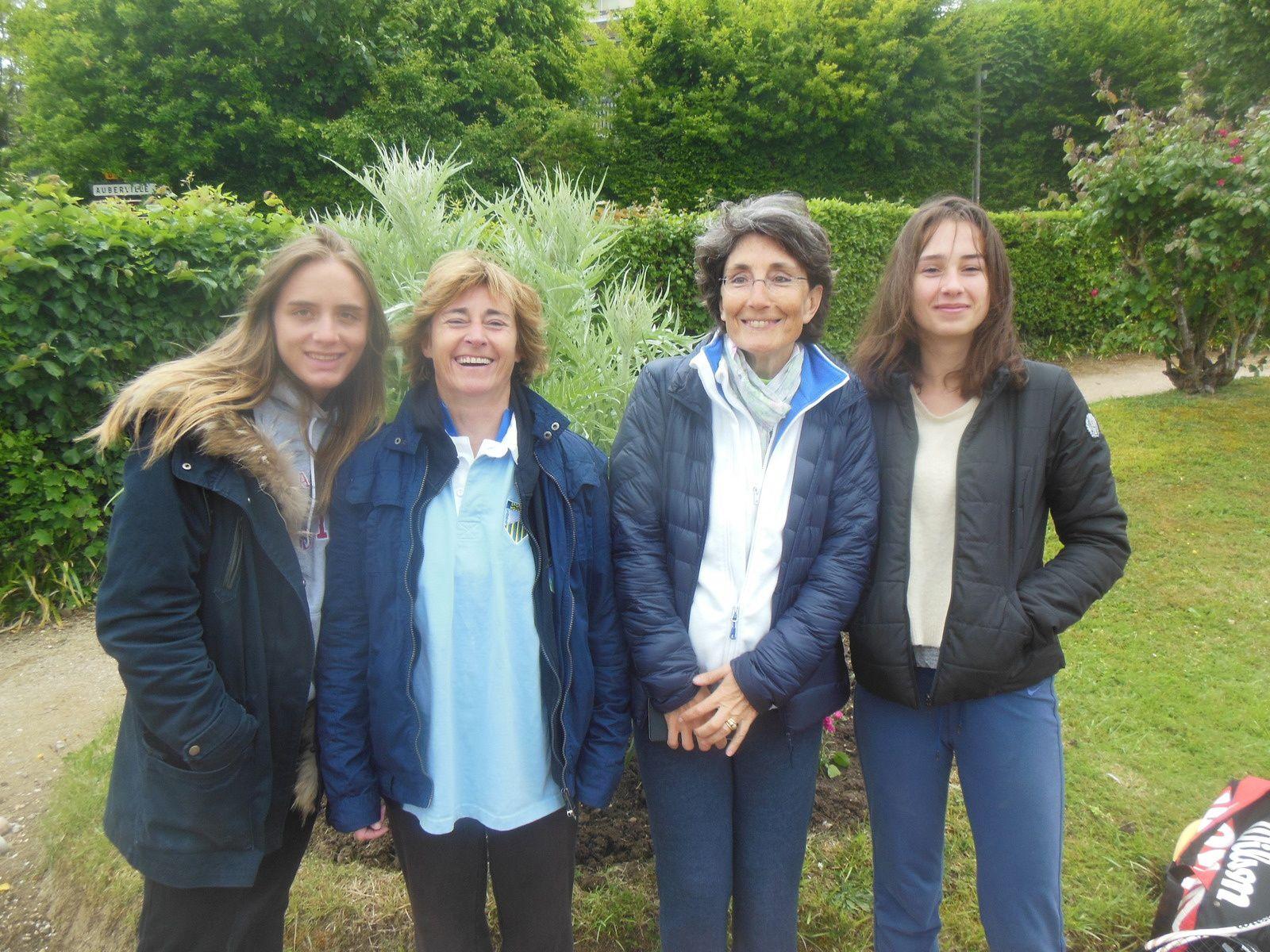 Quiterie, Diane, Florence et Marine