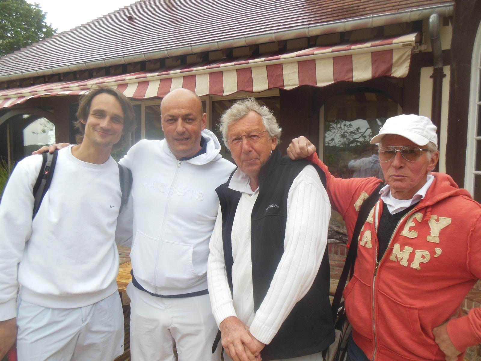 Kevin, Cyril, Jean Pierre et Jacquot