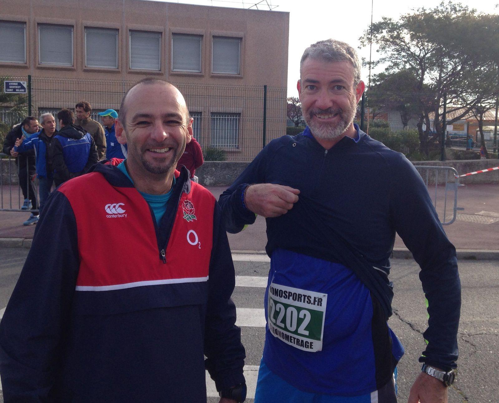 Hormis les filles, voici 2 semi-marathoniens courageux