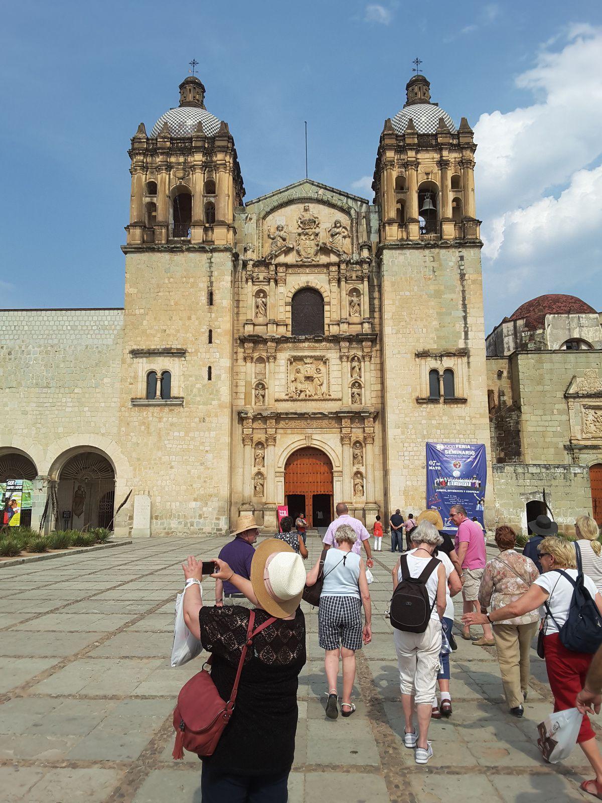 Cathédrale Oxaca  _ Soirée danses traditionnelles