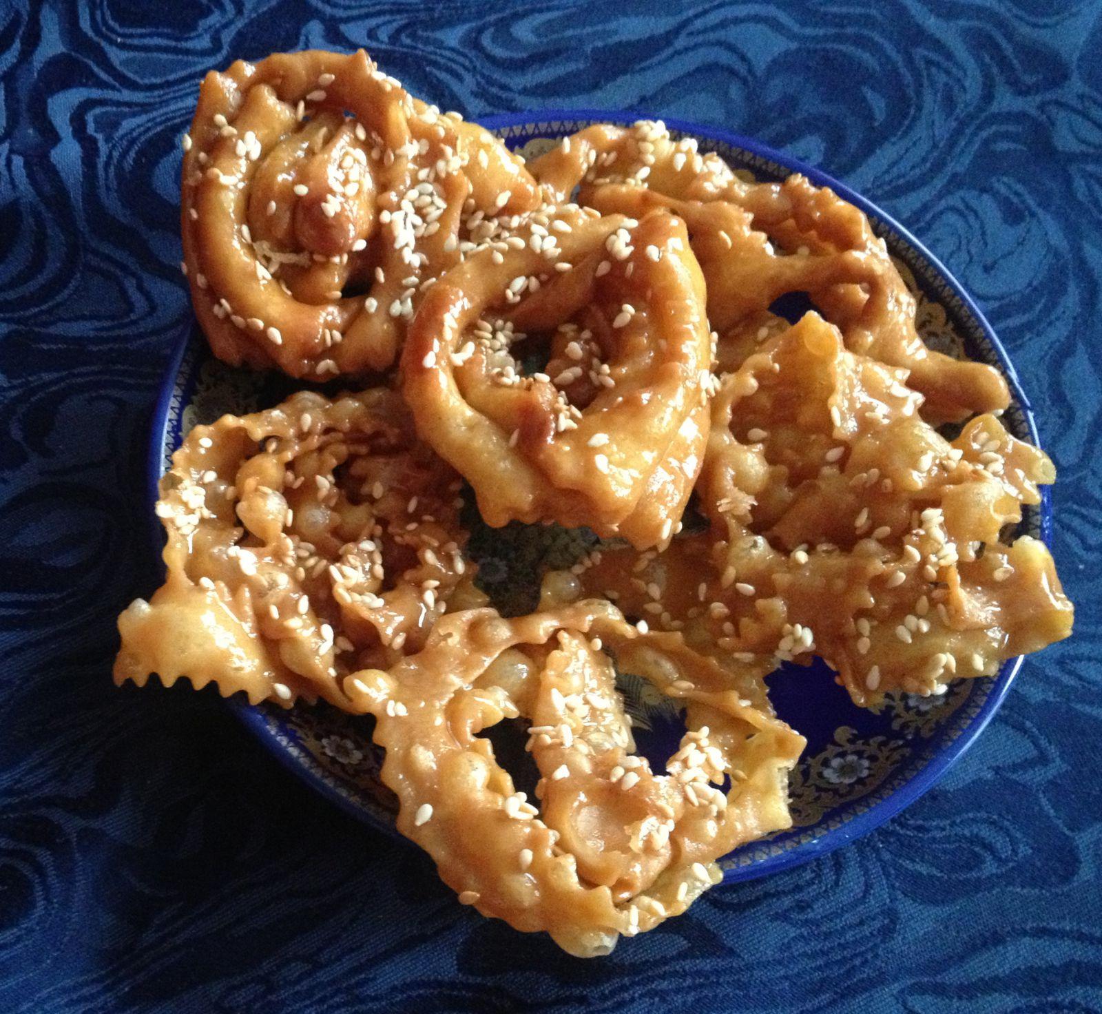 Griweches  (tresses croustillantes au miel / fleur d'oranger)