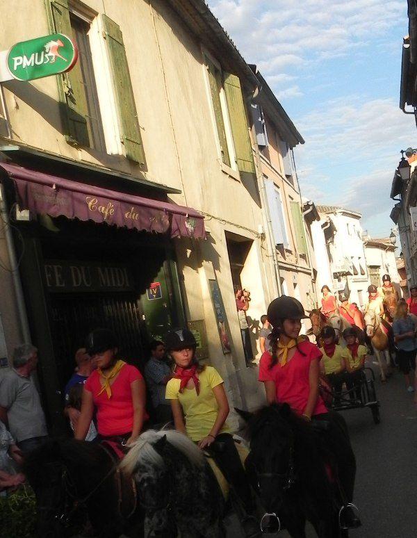 Cabannes: Fête de la Madeleine, arènes et défilé...images