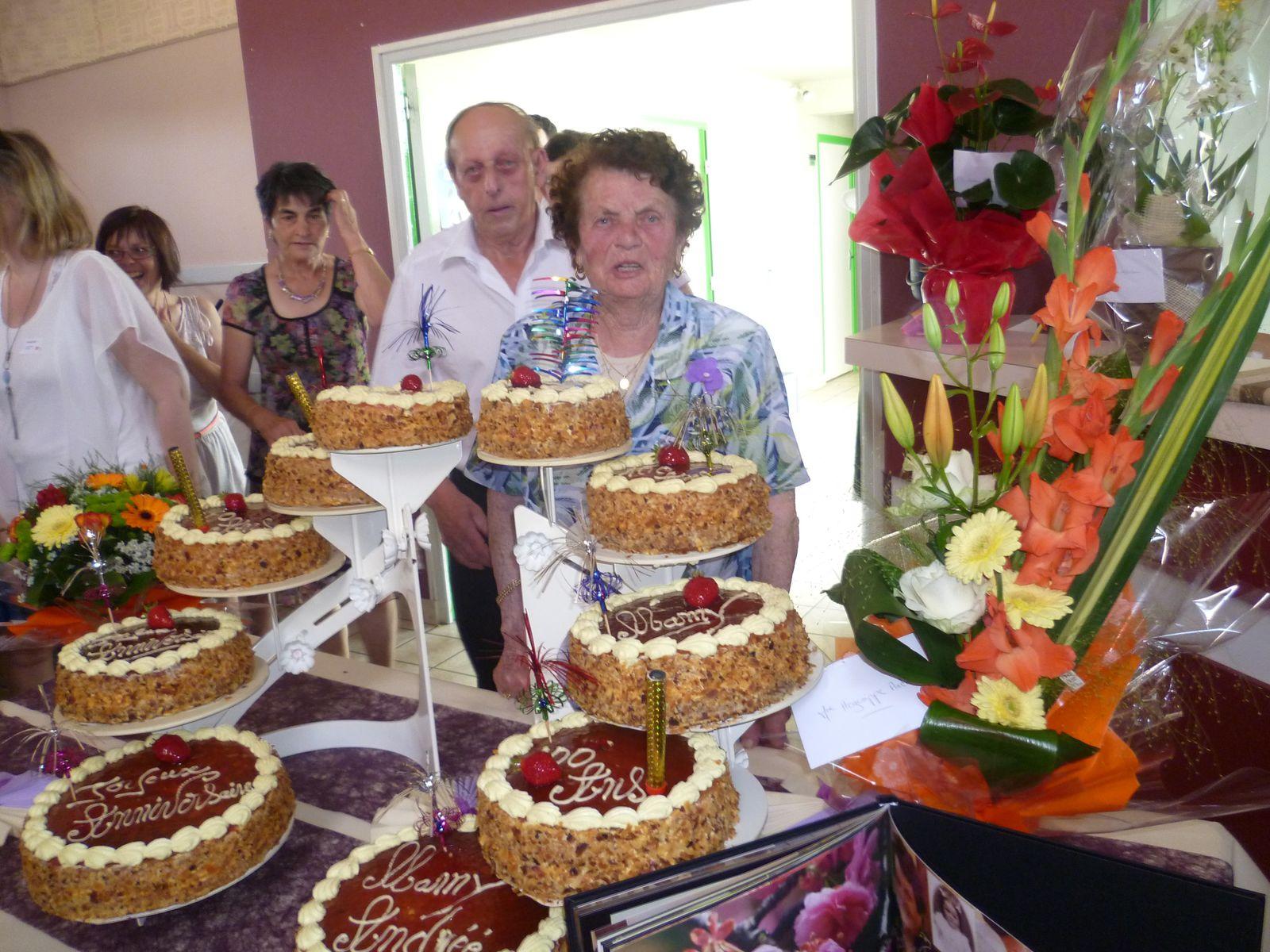 un bien bon dessert..pour 141 convives....