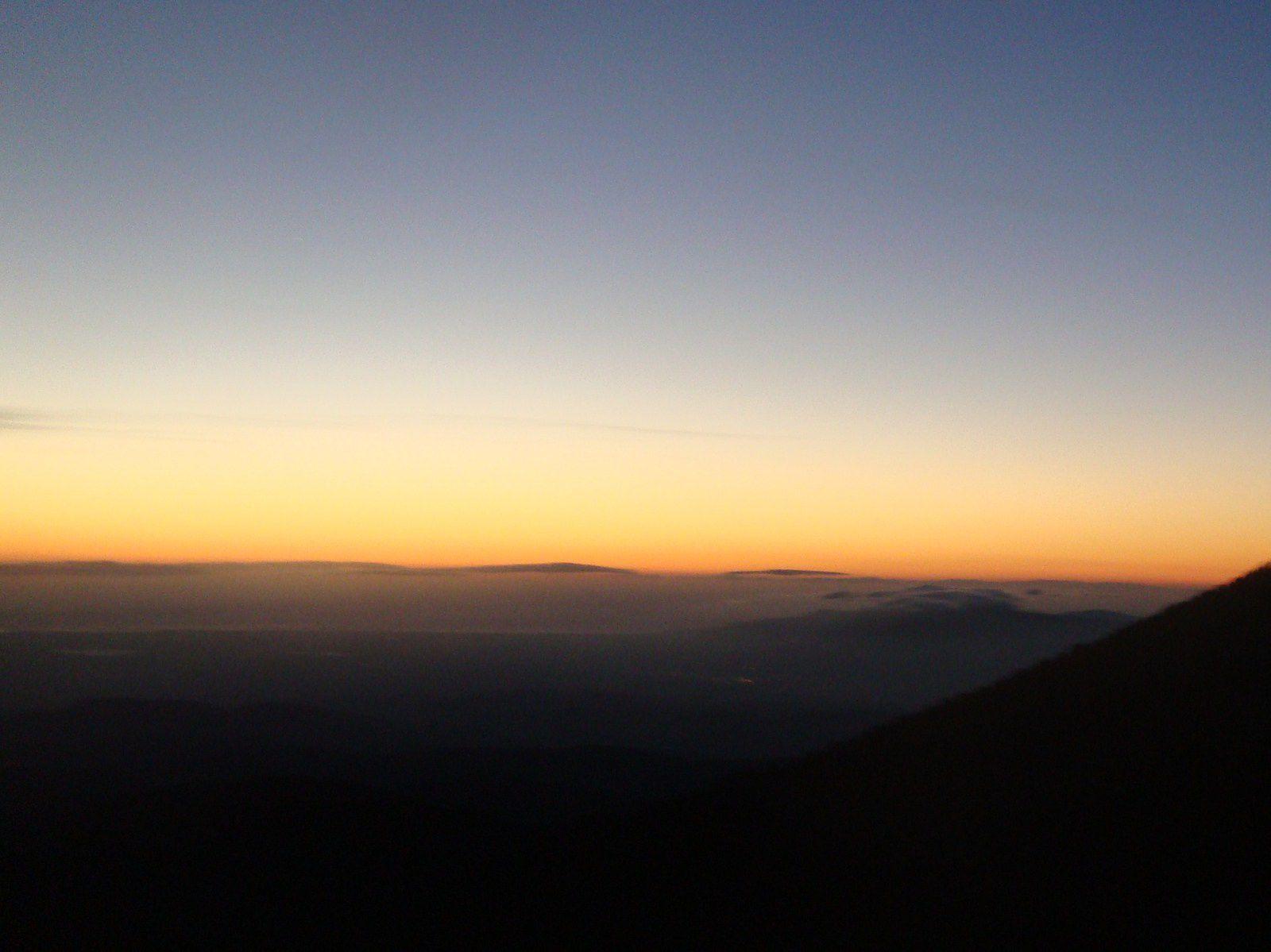 le lever du soleil avant le départ